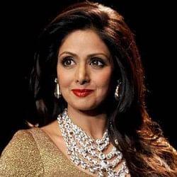 LIVE: दुबई से श्रीदेवी को भारत लाने की प्रक्रिया जारी, देर शाम तक मुंबई लाया जा सकता है पार्थिव शरीर
