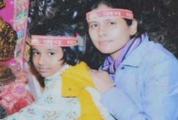 Ghaziabad's mother cut her vein while daughter hanged till death