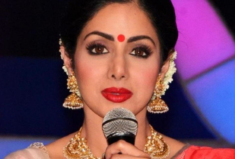 Not only sridevi these five Celebrities also turned Beautiful After Plastic Surgery