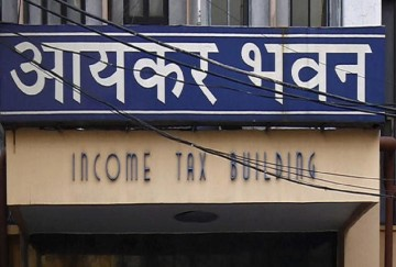 income tax department employees to follow dress code