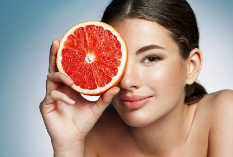 Tips to enhance your beauty with the help of fruits