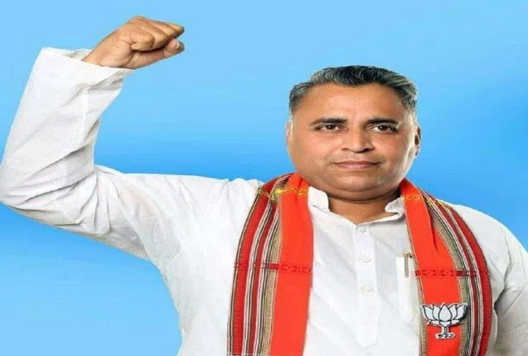 Sunil Deodhar of BJP accept fear of attack while working in Tripura