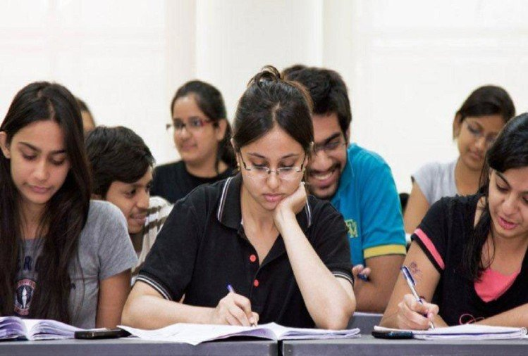 AICTE not to allow courses with low employement from 2020-21, HRD Minister informs Loksabha