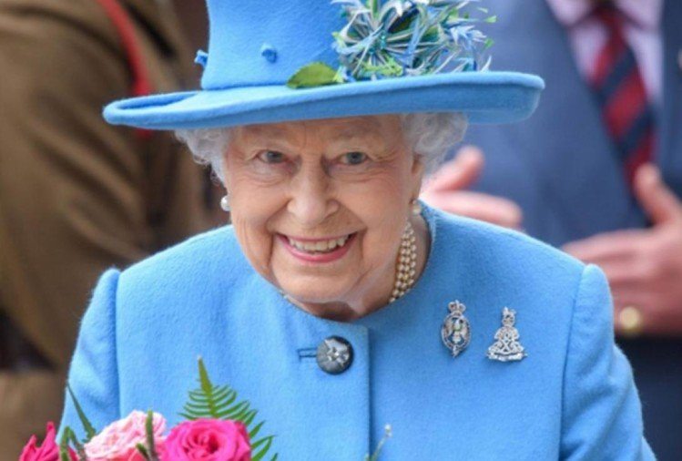 Image result for महारानी एलिजाबेथ
