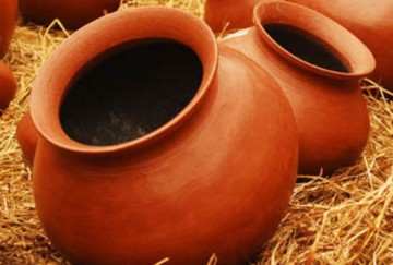 Know the benefits of drinking water from the matka or earthen pot in hindi