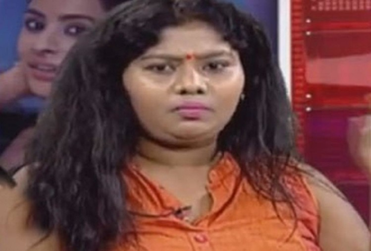 Casting couch Telugu actress Sunitha allegations of sexual harassment against film critic