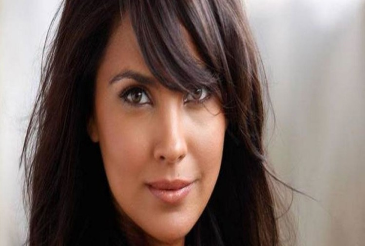 Know birthday girl Lara Dutta beauty secrets to have fair glowing skin