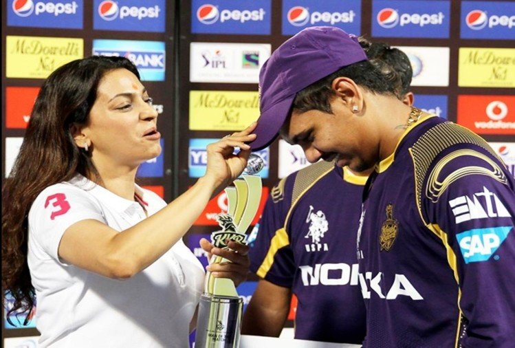 KKR vs DD: Sunil Narine creates history, become first foreign spinner to take 100 wickets in IPL