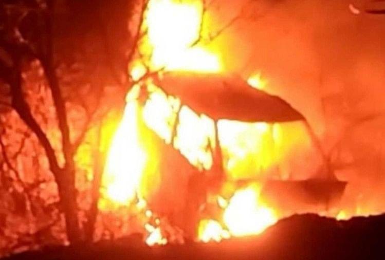 Image result for कार्बेट नेशनल पार्क में लगी आग