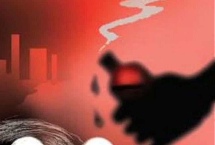 बदायूं में छात्रा पर तेजाब से हमला, मनचले की शिकायत करके लौट रही थी युवती