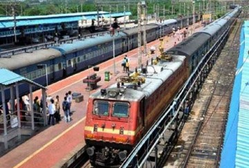 two sepecial trains will be run between city-mumbai and gandhidham-bhagalpur