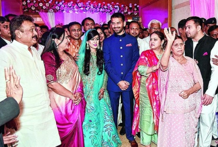 family and rjd leaders waiting for lalu's bail, tej pratap's wedding will held on 12 may