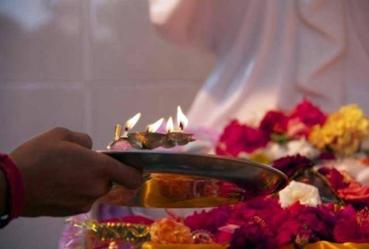 vastu tips never do these things during puja at your home