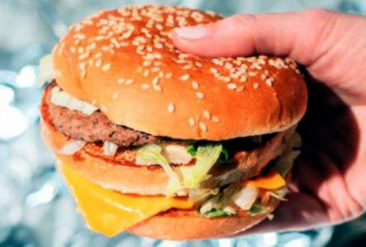 man throat wounded after eating burger from burger king outlet in delhi