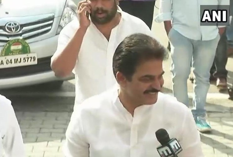 Karnataka Election: Congress MLA's arriving at Karnataka Pradesh Congress office for meeting