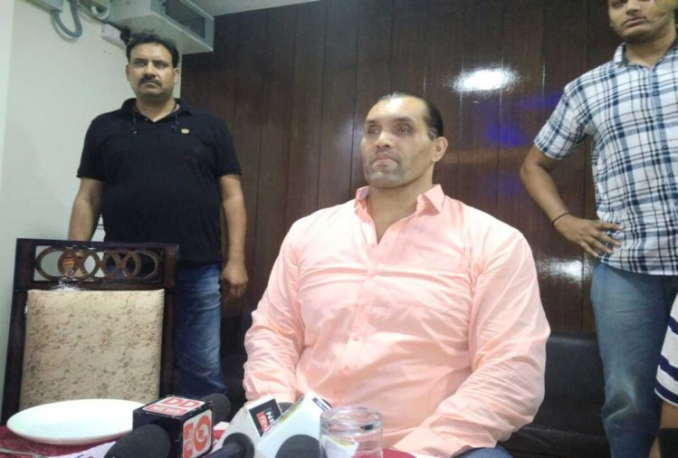 wrestler the great khali will open wrestling academy in himachal