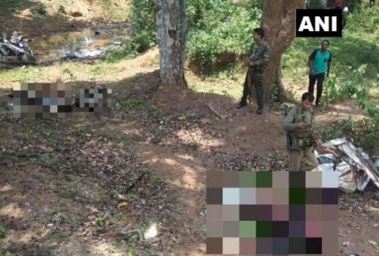 Chhattisgarh: 5 jawans killed and 2 jawans injured in an IED blast in Dantewada