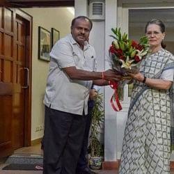 कर्नाटक: मंत्रिमंडल को लेकर आज कांग्रेस-जदएस के बीच बैठक, दो उपमुख्यमंत्री के प्रस्ताव पर फंसा पेच