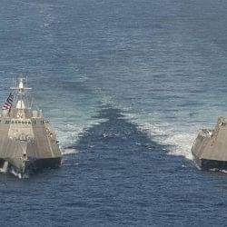 दक्षिण चीन सागर: ड्रैगन के दावे वाले क्षेत्र में घुसे अमेरिकी जंगी जहाज, बढ़ सकता है तनाव
