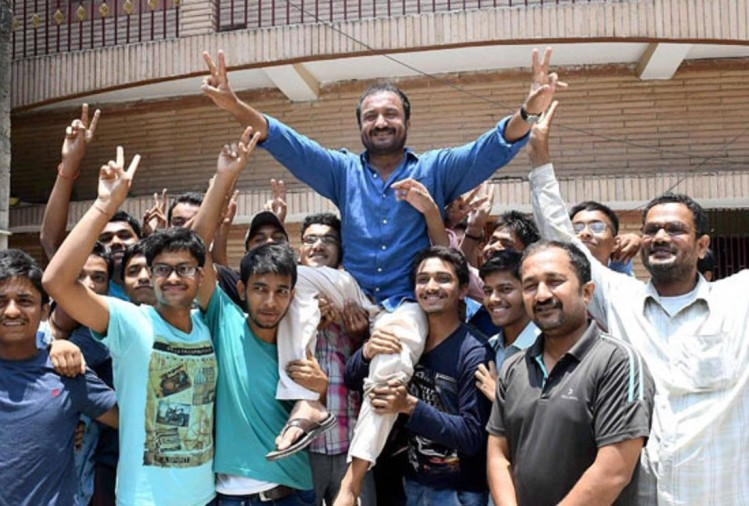 26 students of super 30 institute qualify IIT-JEE exam