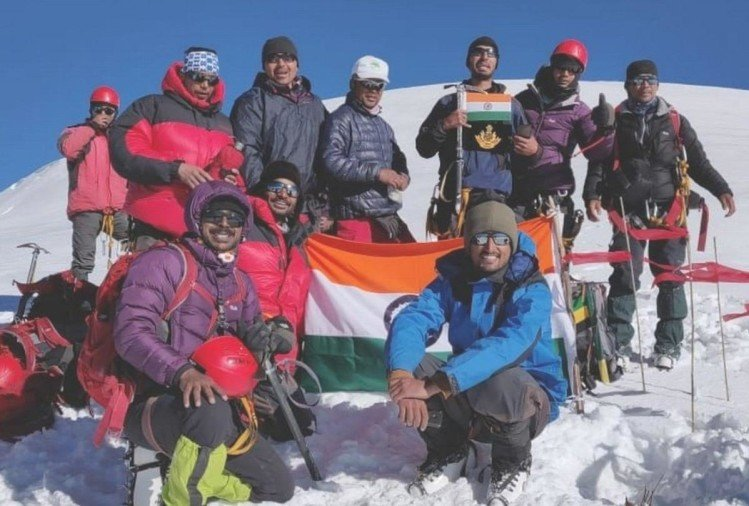 NSG commando climbed Deo Tibba Kullu
