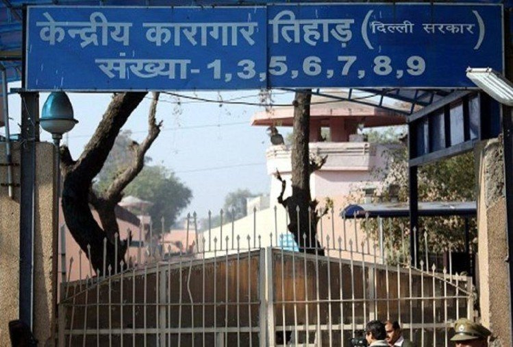 Image result for तिहाड़ जेल में अब एक साथ 4 कैदियों को दी जाएगी फांसी