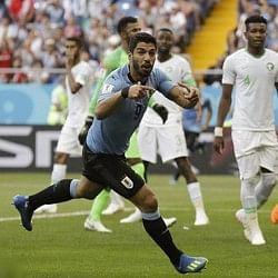 फीफा 2018 लाइव: सुआरेज ने दागा विश्व कप का पहला गोल, सऊदी अरब पर उरुग्वे की 1 गोल की बढ़त