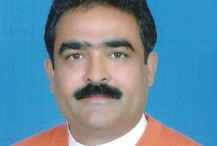 Himachal Industry Minister Vikram Singh targets Navjot singh sidhu