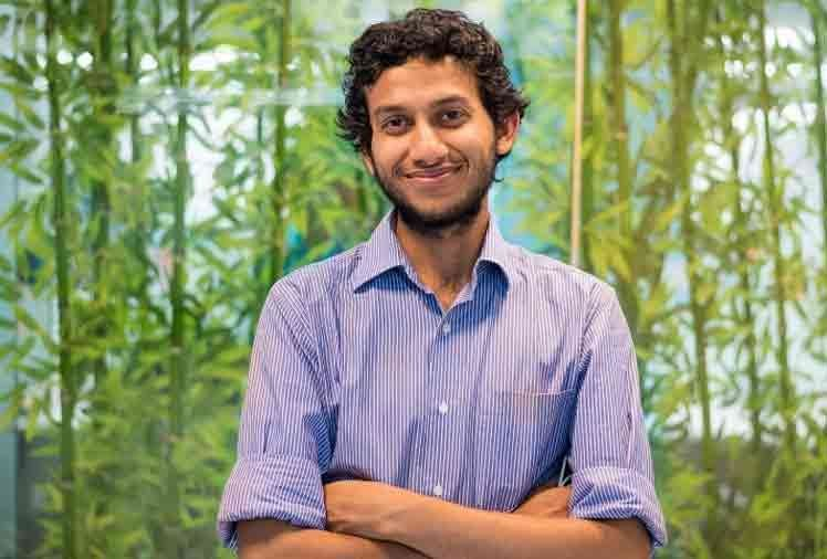 oyo rooms owner Ritesh Agarwal school dropout but now a crorepati business man