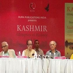 सोज के पुस्तक विमोचन में नहीं पहुंचे मनमोहन-चिदंबरम, कश्मीर की आजादी पर दिया था विवादित बयान