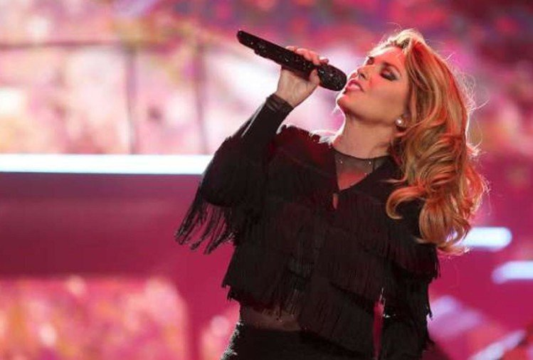 Lime disease changed my voice forever: Shania