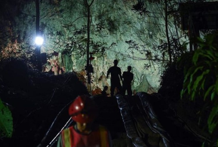 Thailand: Adolescents will take four months to get out of the cave