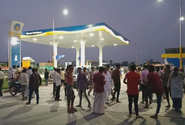 congress bharat band: got support of 21 parties, Before 9am take oil in the cars