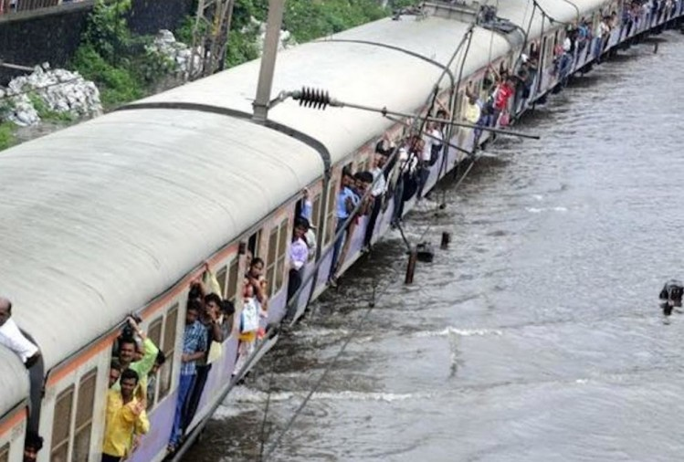 several trains cancelled due to heavy rains in Mumbai, 11-13 july these trains will repeal