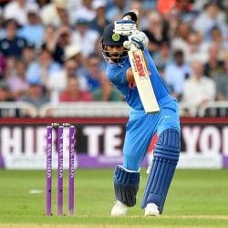 INDvWI Live: कोहली ने जमाई आतिशि फिफ्टी, टीम इंडिया का स्कोर 100 रन के पार