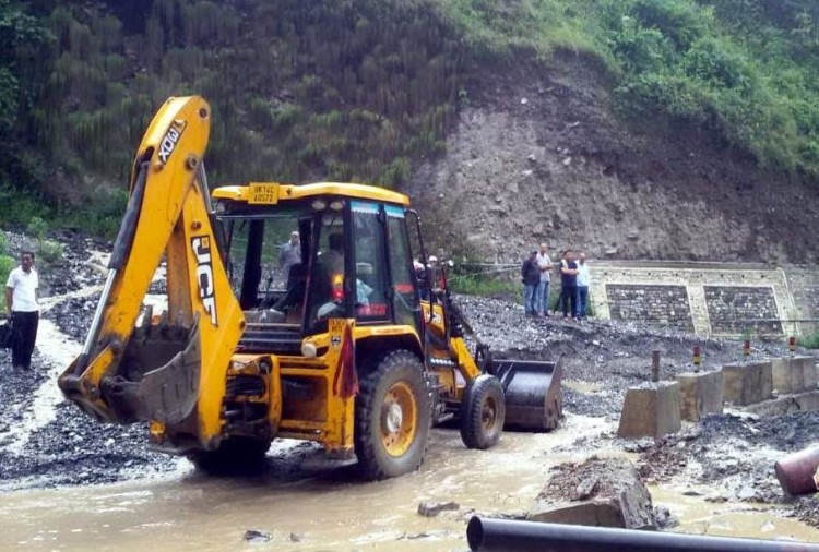 Badrinath highway open after five days
