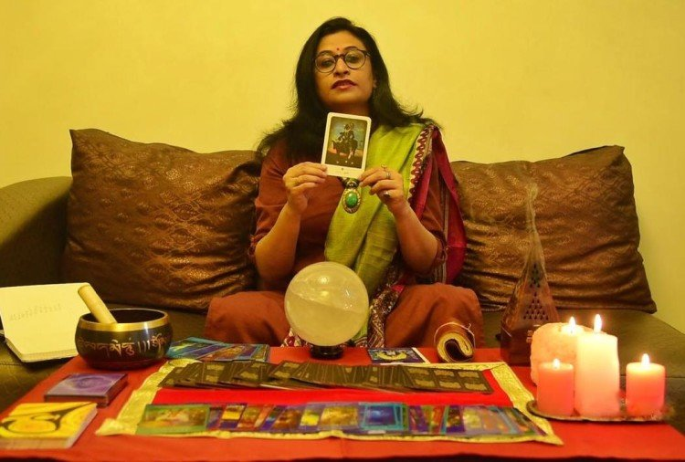 Tarot rashifal: daily tarot horoscope reading for 11th December by tarot card reader deepali dubey
