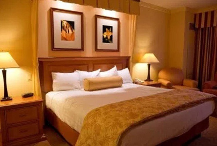 vastu tips for bedroom furniture best location to bed in vastu