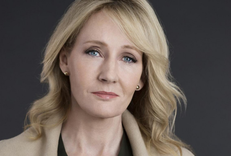 Know about the richest author of the world J K Rowling