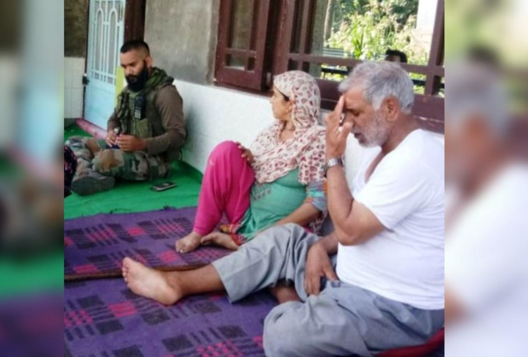 Army reached home to meet Terrorist family on Eid in pulwama