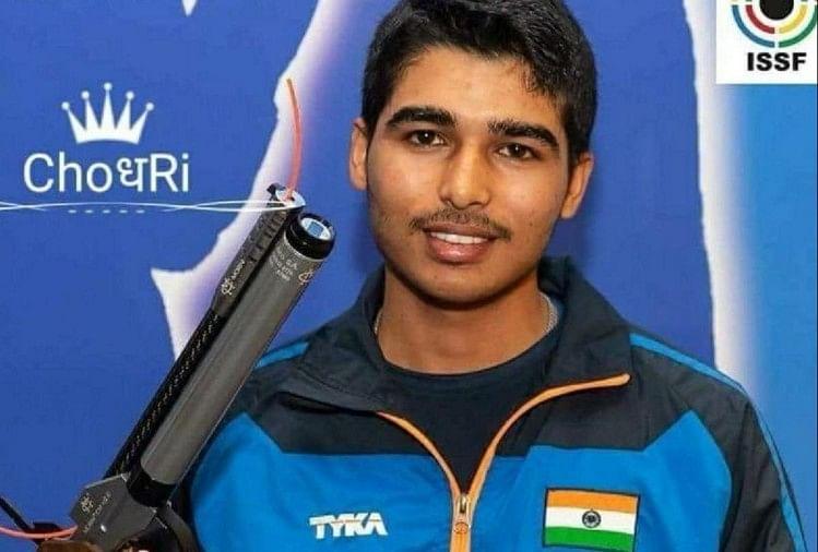 मेरठ के निशानेबाज सौरभ चौधरी, तीरंदाज चमन सिंह को लक्ष्मण अवॉर्ड और एथलीट पारुल चौधरी का नाम रानी लक्ष्मीबाई अवार्ड के लिए चयनित किया गया है।