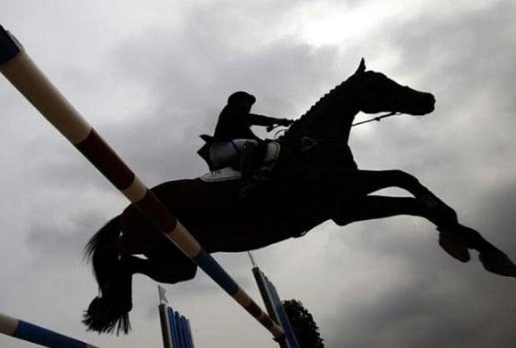 एसएसपी साहब!  पेट्रोल हुआ सिफ, घोड़े की खरीद के लिए चाहिए कि पटवारी का प्रशिक्षण