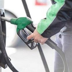 तेल कीमतों में छूट के बावजूद दस दिन बाद फिर पहले से भी ऊपर पहुंचे डीजल के दाम