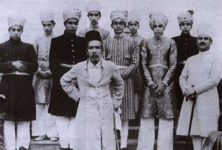 Hyderabad ,nizam hyderabad ,pakistan india ,britain ,london bank,निजाम हैदराबाद,अरब,रुपया,भारत पाक,लड़ाई,फैसला