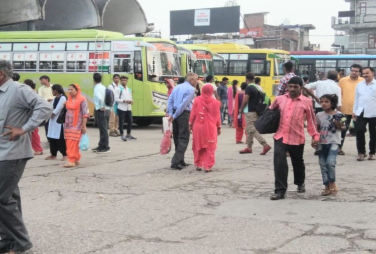 private bus operators strike continue in himachal