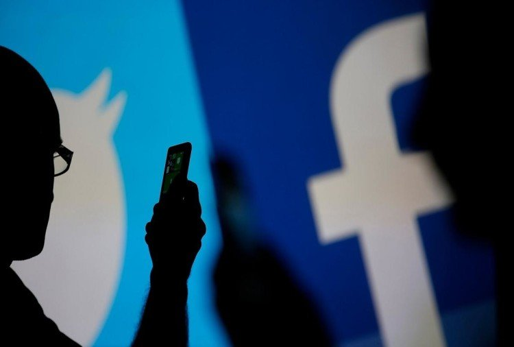 Twitter, Facebook have to delete terrorists post within an hour