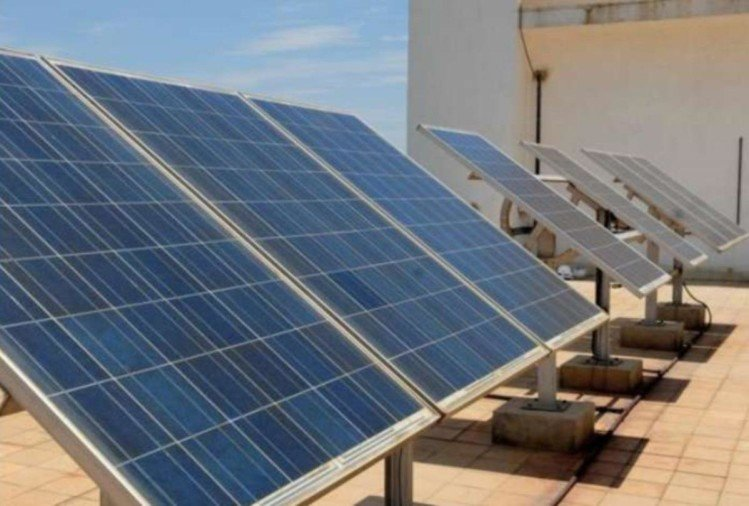 Electricity board will buy electricity from the solar power plant situated at roof