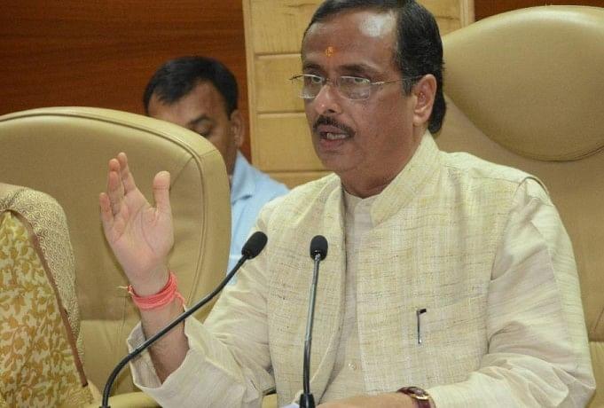 प्रेसवार्ता में उपमुख्यमंत्री डॉ. दिनेश शर्मा।