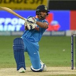 INDvWI Live: थॉमस का शानदार डेब्यू, धवन को आउट कर बिगाड़ी टीम इंडिया की शुरुआत