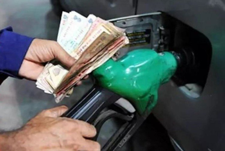 oil marketing companies start increasing  prices of petrol diesel after exit poll result came out